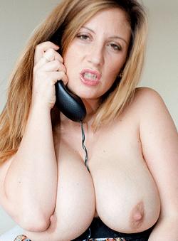 mamma porca al telefono